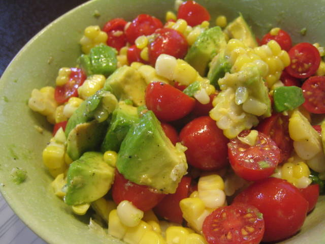 Corn, Avocado and Tomato Salad - Everything Erica